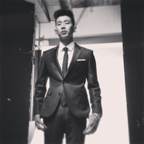 Jay Park Gets Side Tattoo + Describes Celeb Life
