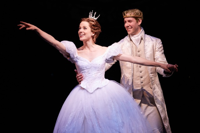 Cinderella_BroadwayInChicago