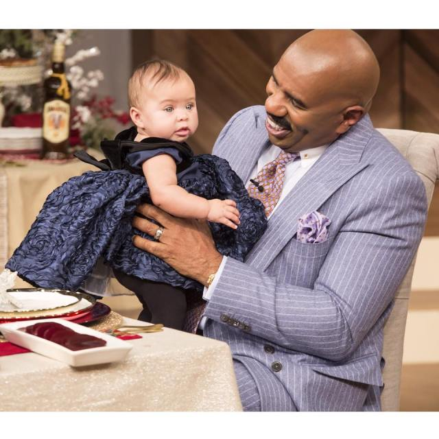 SteveHarvey_Rose