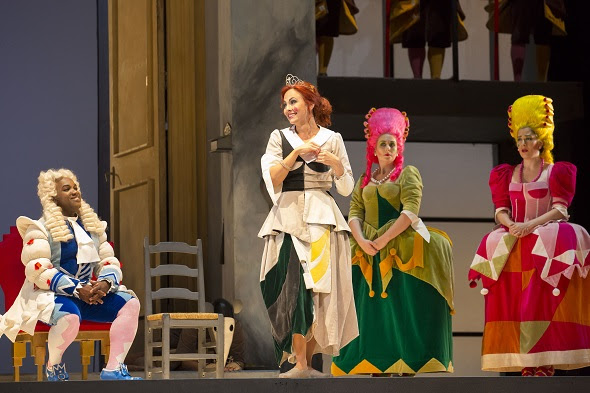 10/1/154:08:56 PM Chicago, ILLyric Opera of ChicagoSir Anthony Davis, ConductorCinderella Dress Rehearsal Isabel Leonard, Cinderella Lawrence Brownlee, Prince Ramiro, Alessandro Corbelli, Don Magnifico, Vito Priante (debut) Dandini, © Todd Rosenberg Photography 2015